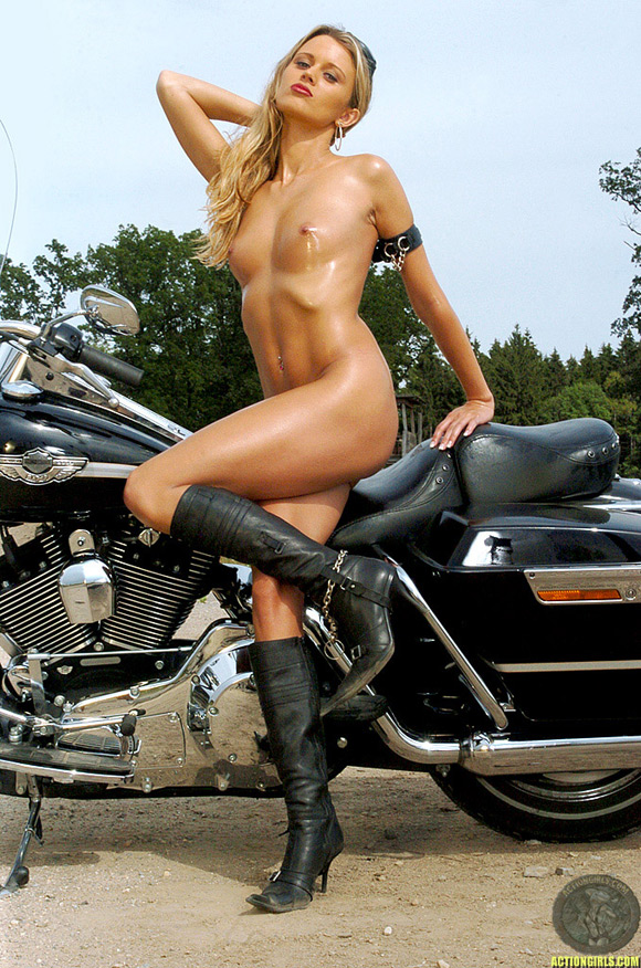 Has come Hot sexy naked women bikers rather