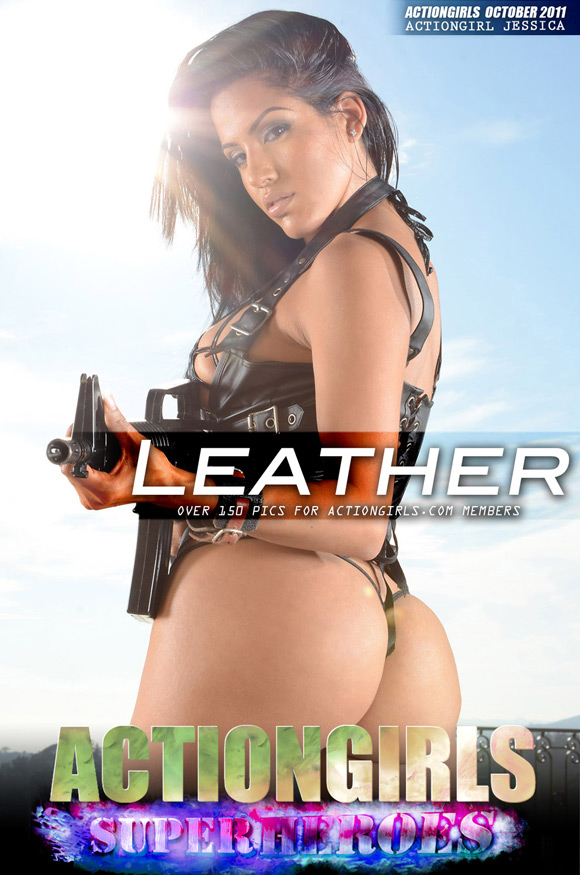 naked-action-girl-jessica-as-a-leather-gun-babe