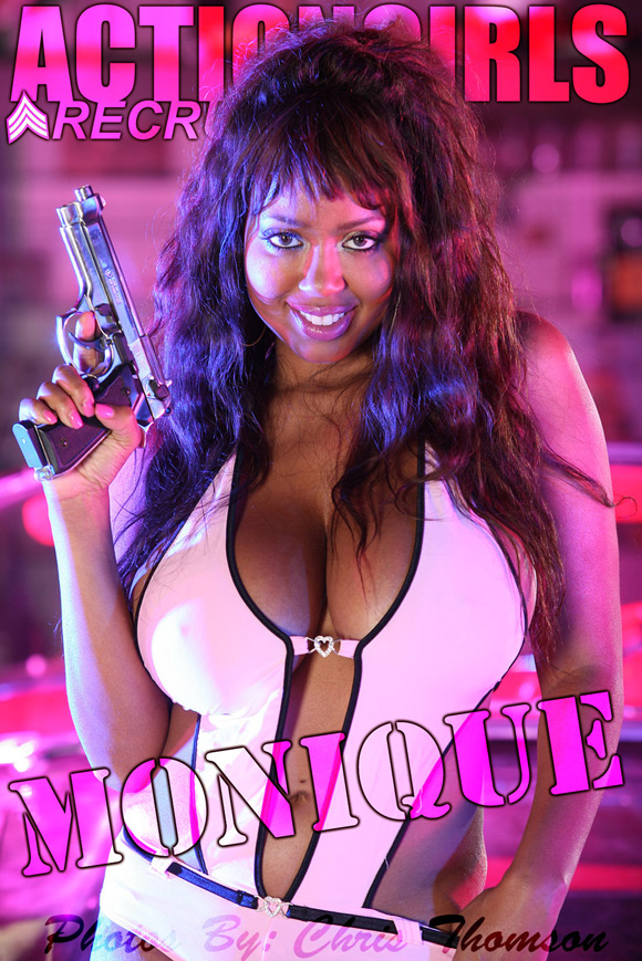 naked-action-girl-monique-as-a-pink-babe