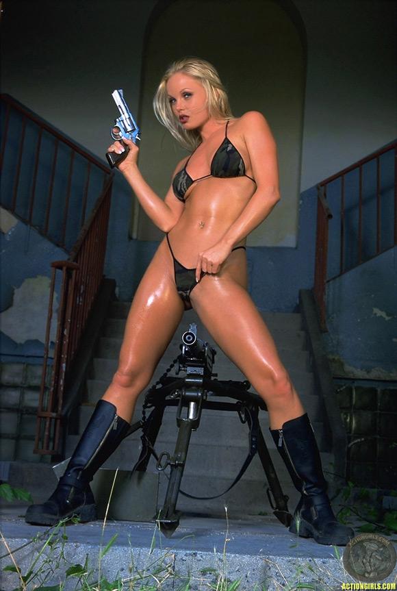 naked-action-girl-sylvia-saint-as-a-warface-babe