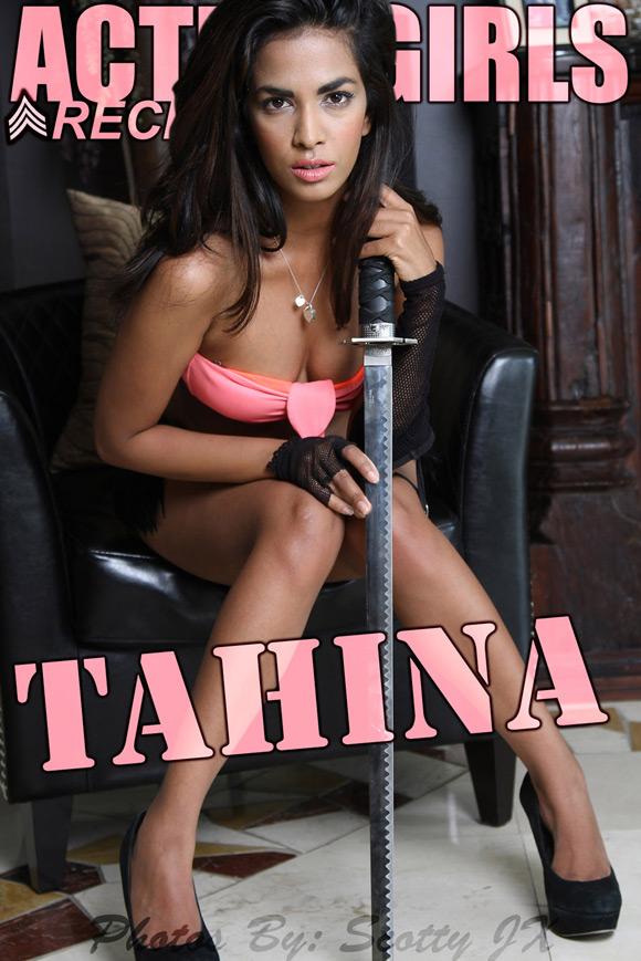 naked-action-girl-tahina-as-a-sword-babe