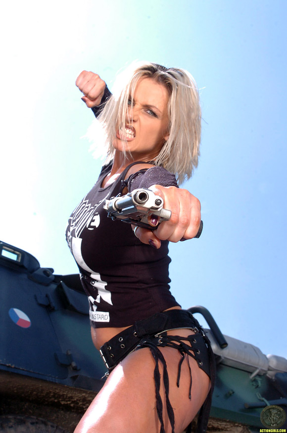 naked-action-girl-vanessa-upton-as-a-heavy-metal-babe