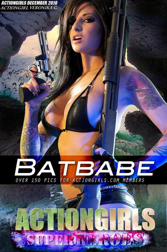 naked-action-girl-veronica-g-as-a-batbabe