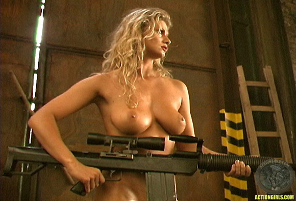 naked-action-girl-amy-easton-in-action