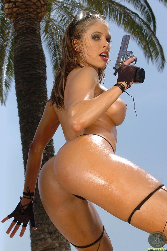 naked-action-girl-erika-jordan-in-action