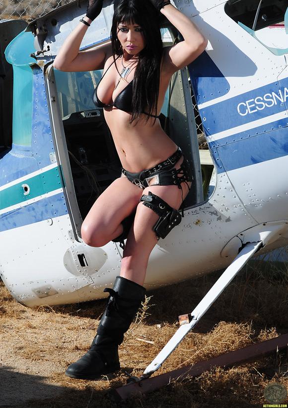 naked-action-girl-as-number-1-hustler