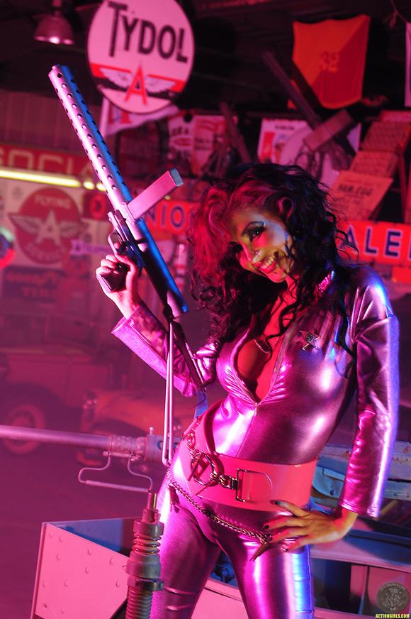 naked-action-girl-diahann-as-a-mercenary