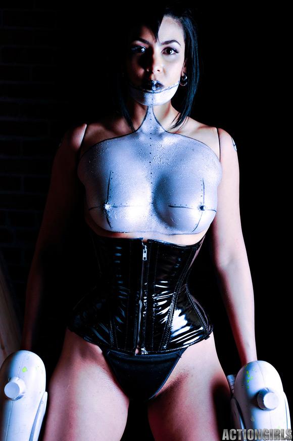naked-action-girl-cyborg-as-a-mercenary