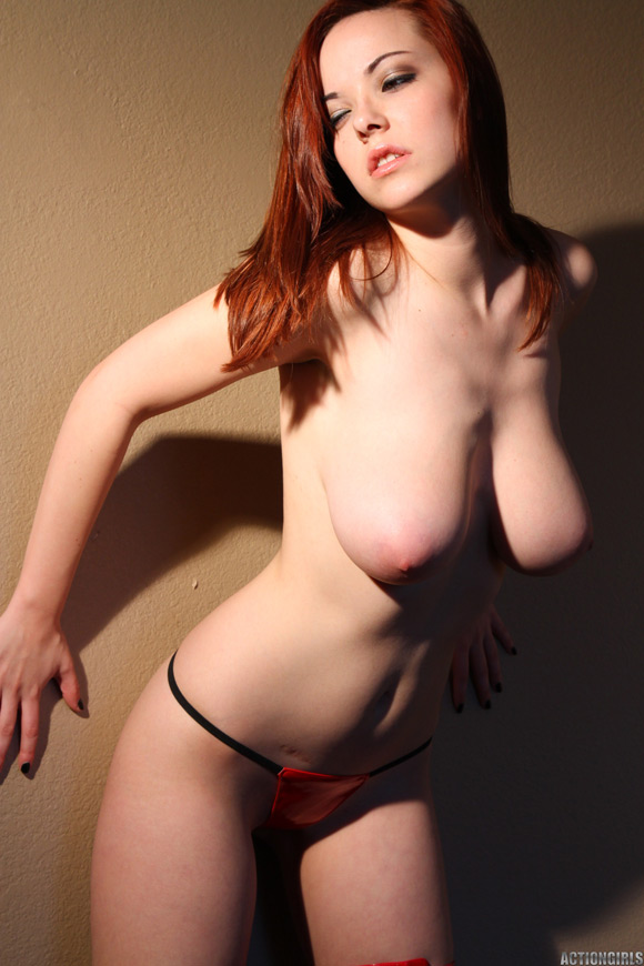 naked-action-girl-elizabeth-in-horny-redhead