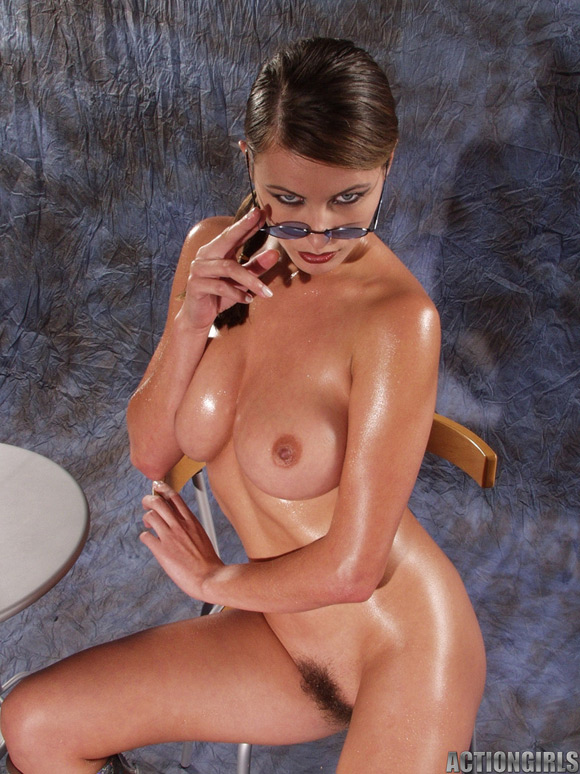 naked-action-girl-kyla-cole-in-action